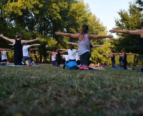 Out door group pilates
